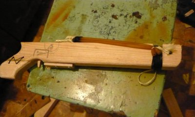 How to make a slingshot crossbow