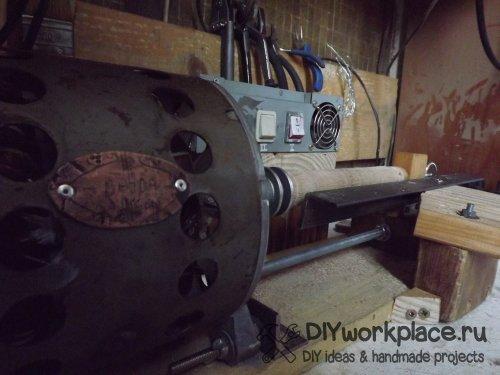 Как сделать простой токарный станок по дереву!